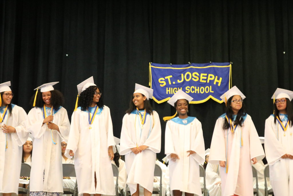 Photo Gallery: Goodbye Seniors!